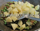 Aloo_Matar_Potato_Green_Peas_Stir_Fry_10