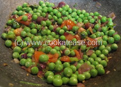 Aloo_Matar_Potato_Green_Peas_Stir_Fry_7