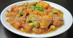 Aloo_Matar_Potato_Green_Peas_Tomato_Gravy_1