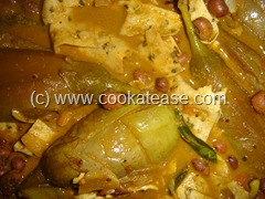 Arai_Puli_Kuzhambu_Black_Eyed_Peas_Tangi_Curry_1