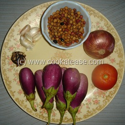 Arai_Puli_Kuzhambu_Black_Eyed_Peas_Tangi_Curry_2