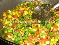 Green_Peas_Sweet_Corn_Bread_Upma_11