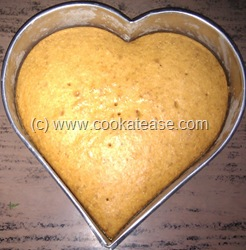Eggless_Orange_Raisin_Pistachio_Cake_16