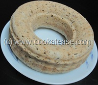 Eggless_Moist_Banana_Flax_Seed_Cake