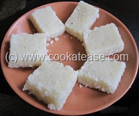 Thengai_Coconut_Mittai_Nariyal_Burfi