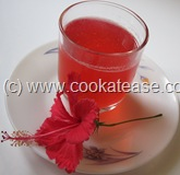 Red_Hibiscus_Juice_Chembaruthi_Sharbat