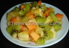 Kiwifruit_salad_1