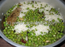 Matar_Chawal_Green_Peas_Fried_Rice_11