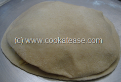 Mooli_Paratha_Radish_Stuffed_Indian_Bread_11