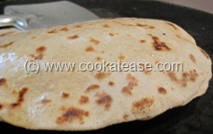 Mooli_Paratha_Radish_Stuffed_Indian_Bread_15