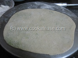 Mutter_Green_Peas_Stuffed_Paratha_6