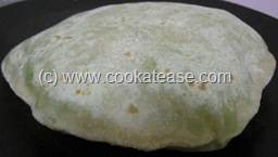 Mutter_Green_Peas_Stuffed_Paratha_8