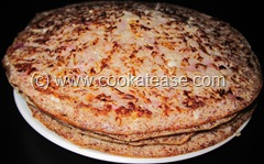 Onion_Carrot_Ragi_Uthappam_1