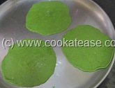 Palak_Poori_Puri_Indian_Spinach_Bread_11