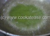 Palak_Poori_Puri_Indian_Spinach_Bread_12