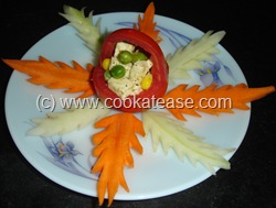 Salad_ in_Tomato_Baskets_9