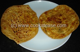 Paneer_Cottage_Cheese_Paratha_27