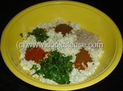 Paneer_Cottage_Cheese_Paratha_6