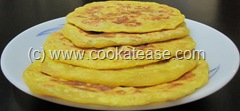 Puran_Paruppu_Poli_Stuffed_Indian_Sweet_Bread_1