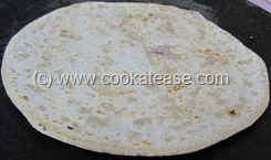 Pyaz_Paratha_Onion_Stuffed_Indian_Bread_11