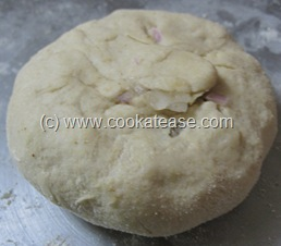 Pyaz_Paratha_Onion_Stuffed_Indian_Bread_8