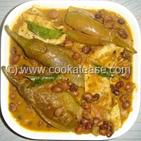 Arai_Puli_Kuzhambu_Black_Eyed_Peas_Tangi_Curry