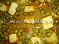 Paneer_Mutter_Cottage_Cheese_Curry