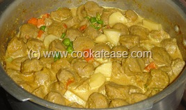 Soy_Chunks_Masala_Kuzhambu_Curry_10