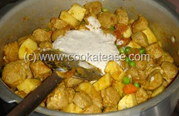 Soy_Chunks_Masala_Kuzhambu_Curry_9