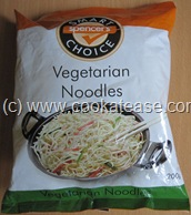 Vegetable_Hakka_Noodles_Chow_mein_2