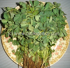 Vendhaya_Keerai_Fenugreek_Leaves_Kuzhambu_1