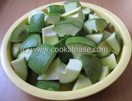 Aam_Achar_North_Indian_Green_Mango_Pickle_Maangai_Oorukai_3