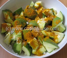 Aam_Achar_North_Indian_Green_Mango_Pickle_Maangai_Oorukai_4
