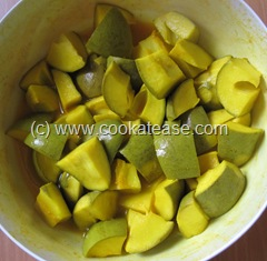 Aam_Achar_North_Indian_Green_Mango_Pickle_Maangai_Oorukai_6